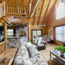 Log Home Open Floor Concept